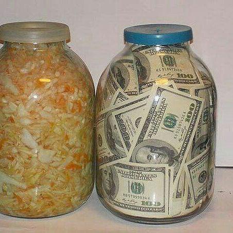 Банка капуста цветная с деньгами