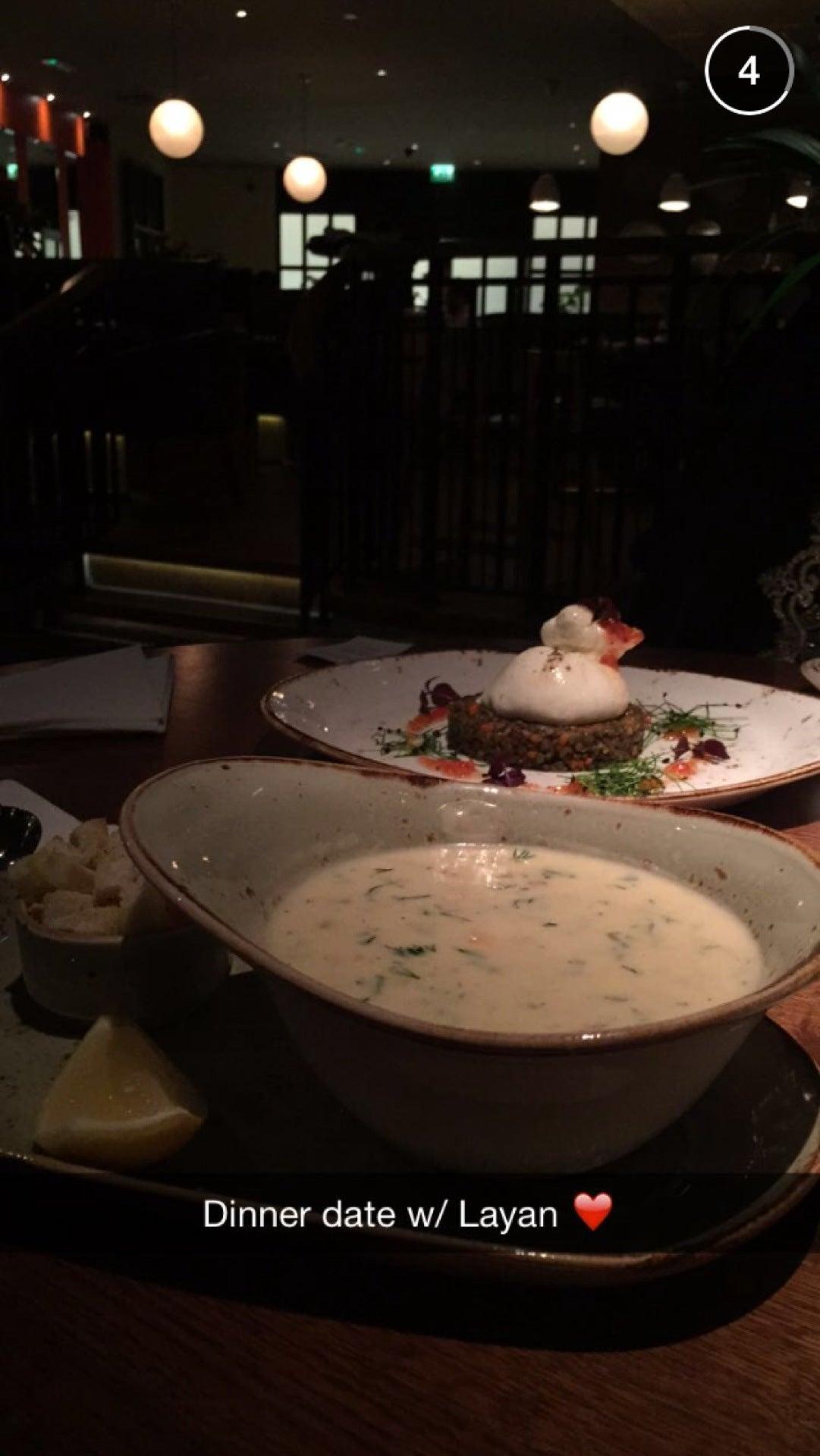 17920910_HQ7lg-IeqWG-F5AH4Z_h4TtpIAtRDI8oXq_Tx8TQX44 Incroyable De Table Bar Cuisine Conception
