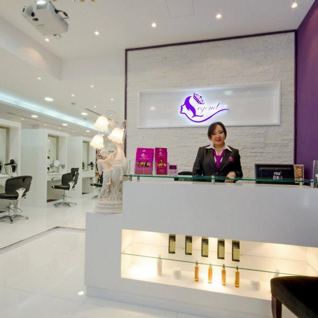 Mask in jumeirah dubai for 7 shades salon dubai