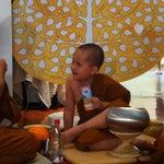 Photo taken at วัดพระราม ๙ กาญจนาภิเษก (Rama IX Golden Jubilee Temple) by Plearnn W. on 4/16/2013