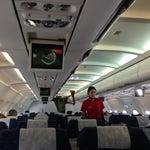 Puntualidad y buen servicio de Avianca. Linda aeromoza!