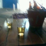 Photo taken at Cervejaria 366 by Yas E. on 5/25/2012