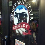 Photo taken at Smoky Mountain Brewery by 4sq ♡ on 7/8/2012