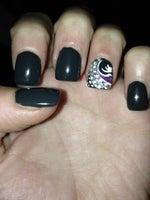 Dk Nails and Spa