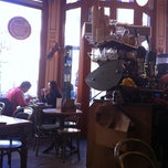 Photo taken at Bagels & Beans by Eider on 11/29/2011