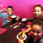 Photo taken at Afters Ice-Cream South Croydon by Jayson C. on 4/13/2012