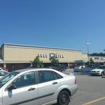Photo taken at Food Lion Grocery Store by Marvin L. R. on 8/25/2012