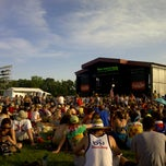 Photo taken at What Stage at Bonnaroo Music & Arts Festival by Piko on 6/14/2013