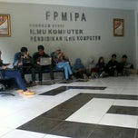 Photo taken at Gedung Ilmu Komputer (GIK) by Uliana P. on 11/14/2012