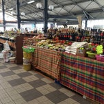 Photo taken at Le Grand Marché by Claudia F. on 4/9/2015