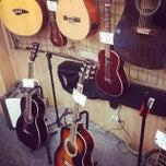 Photo taken at Rockin Bob's Guitars by イムハタ 八. on 7/20/2014