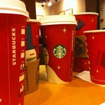 Photo taken at Starbucks by Ceren K. on 12/18/2012