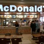 Photo taken at McDonald's by Roberto O. on 5/7/2013