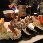 Photo taken at Makisu Sushi Lounge & Grill by Shamil S. on 4/15/2013