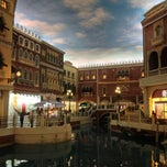 Photo taken at The Venetian Macau Resort 威尼斯人度假村 by Vitaly K. on 1/15/2013