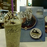 Photo taken at McDonald's / McCafé by Tan K. on 6/21/2011