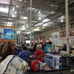 Photo taken at Costco by Matias E. on 11/9/2013