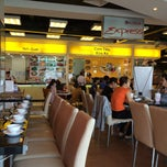 Photo taken at Food Court @ Parkson CT Plaza by Mightyman198x on 3/26/2014