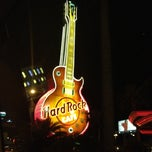 Photo taken at Hard Rock Hotel & Casino by Meche R. on 3/30/2013