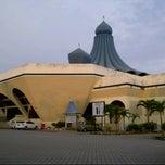 Photo taken at Masjid Nasiruddin Shah by اسم خيرالدين ا. on 9/20/2013