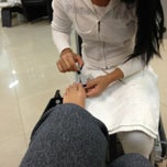 Photo taken at Depil Class Estética by Fatima P. on 8/30/2013