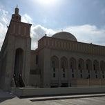 Photo taken at جامع أبي بكر الصديق by بوشهد ا. on 11/29/2014