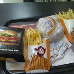 Photo taken at Burger King by Machi Mavz M. on 12/6/2012