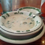 Photo taken at Olive Garden by Lisa L. on 4/29/2013