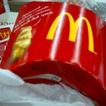 Photo taken at McDonald's by Leandro M. on 2/26/2013