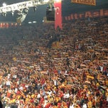 Photo taken at Abdi İpekçi Arena by Buğra B. on 10/24/2013