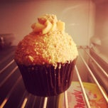 Photo taken at The Original Cupcake by Dinhu W. on 3/14/2013
