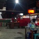 Photo taken at Ayam bakar bulungan by Ris M. on 9/27/2013