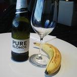 Photo taken at Qantas Club Lounge by Tulus on 11/30/2013