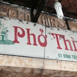 Photo taken at Phở Thìn by Rose F. on 10/31/2013