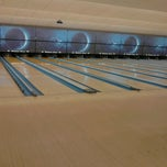 Photo taken at Yorktown Lanes by Mary J. on 9/14/2013