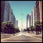 Photo taken at Avenida Presidente Vargas by Leandro O. on 12/24/2012