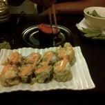 Photo taken at sushi-ya by STARBAKS ® on 11/3/2012