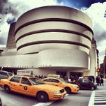 Photo taken at Solomon R. Guggenheim Museum by Simon C. on 3/27/2013