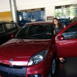 Photo taken at Renault Dinisa Oceânica by Marcelo P. on 8/2/2013