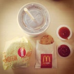 Photo taken at McDonald's & McCafe by Josephine A. on 7/22/2013