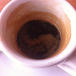 Photo taken at Coffee Zaroo by Jay on 10/8/2012