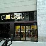 Photo taken at Livraria Saraiva by Anderson A. on 3/14/2013