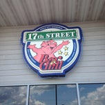 Photo taken at 17th Street Bar & Grill by Chris A. on 6/29/2013