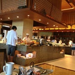 Photo taken at Vintana, Shangri-La's Boracay Resort & Spa by Nadine G. on 2/5/2013