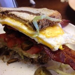 Photo taken at Kellys Big Burger by Lesley E. on 4/14/2015