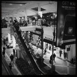 Photo taken at Westfield Fashion Square by Jonathan T. on 12/2/2012