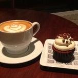 Photo taken at Lamill Coffee Boutique by Derek L. on 11/19/2012