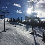 Photo taken at The Superpipe at Northstar by Michael L. on 1/12/2015