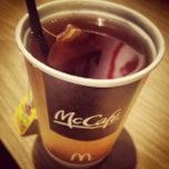 Photo taken at McDonald's by Oscar de la Hoy on 3/12/2013