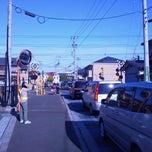 Photo taken at 出花踏切 by かつたま デ. on 10/17/2013